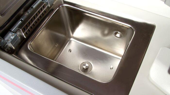 Pearl Img 6387 Easy To Clean Retort