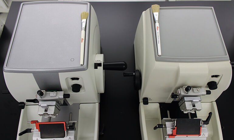 Histocore Microtome Vs Rm22xx Top Tray